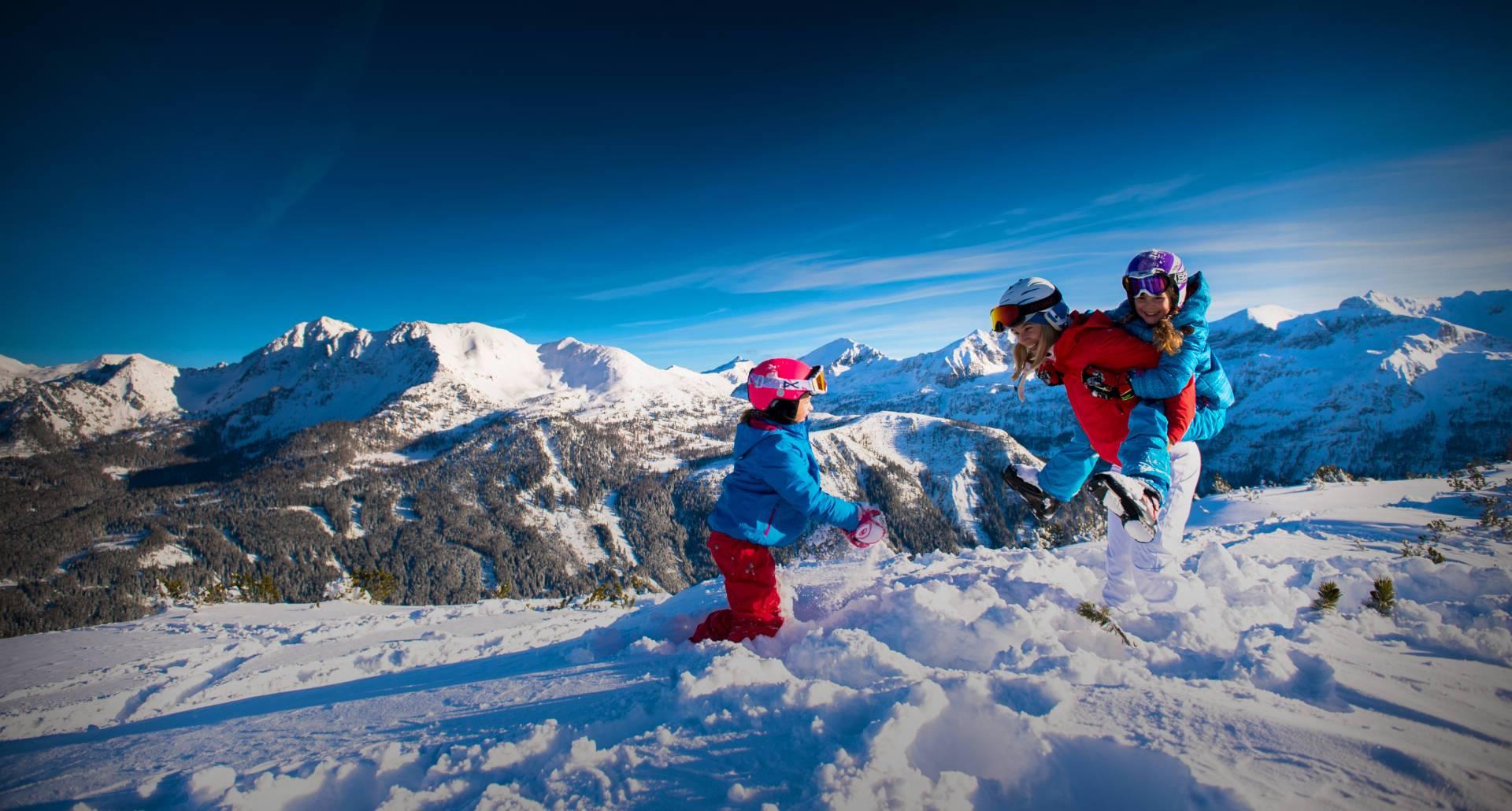 Familie beim Ski- & Winterurlaub in Gastein - Bauernhof Tofererhof