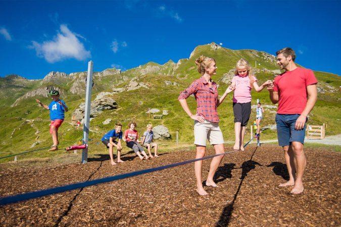 Spielplatz in Gastein - Tofererhof, Urlaub am Bauernhof